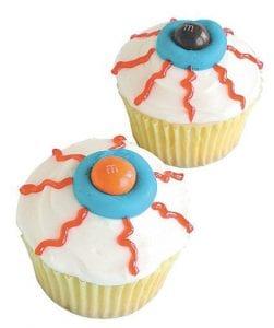 Google Eyes Cupcakes For this eerie recipe go to brightideas.com/googleeyes.