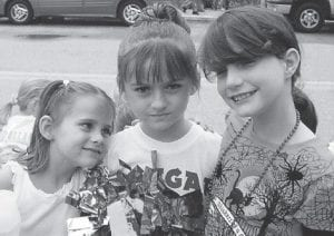 COUSINS -  Bronwyn Bishop (left) of Springfield, Ohio, visits cousins in Whitesburg, Taylor Pratt (center) and Delilah Fleming (right). Bronwyn is the daughter of Sherry Bishop of Springfield, Ohio. Taylor is the daughter of Joe and Marie Pratt of Craft's Colly, and Delilah is the daughter of Amanda Fleming of Whitesburg and the late Gary Wayne Collier, formerly of McRoberts.