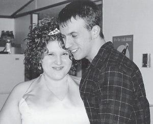 MARRIED -  Cindy Machelle Tyree and Larry Dwayne Mayse were married Nov. 2 in Beattyville. The bride is the daughter of Robin Tyree and Robbie Sparks. She is the granddaughter of Betty and Bertus Tyree of Whitesburg. the bridegroom is the son of Mary and Larry Mayse of Beattyville. The couple will reside in Beattyville.