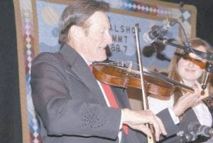 Grand Ole Opry star Jesse McReynolds (one-half of the Jim and Jesse bluegrass duo) performed Thursday.