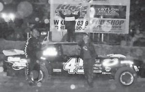 BOMBER FEATURE winner at Mountain Motor Speedway was Tim Mason in the #45 car. (Photo by Jodie Smallwood)