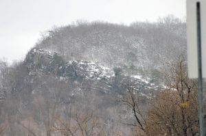 COLD NEAR THE TOP (AND EVERYWHERE ELSE) — Raven Rock, atop Pine Mountain near Jenkins, was photographed earlier this week as the first of several inches of snow began to accumulate. (Photo by Chuck Johnson)