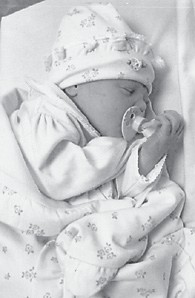 APRIL BABY — Shelbi Marie Costello was born April 27 to Justin Costello and Jami Cantrell of Vicco. She is the granddaughter of Greg and Karen Hale of Whitesburg, Gary Cantrell of Pikeville, and Melvin and Judy Costello of Vicco.