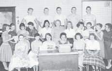 Black Kat Staff 1959-60 — Editor Esteva Collier, Associate Editor Alice Sexton, Business Manager Carl Sparks, Exchange Editor Pat Smith, Sports Editor Orbin Banks, Associate Sports Earnest Taylor, and Cornelius Adams, Gossip Ruby Golden, Doris Mullins, Faye Brashear, and Vanda Lee Adams, Jokes Gwendolyn Blair, Reporters Serena Day, Lena Hoskins, and Clayton Fields; Mimeograph Frances Crase, Pat Freeman and Peggy Wampler, Artists Phyllis Frazier and Phyllis Caudill. Sponsors, Mrs. Stephen Combs and Miss Ida Lee Cureton.