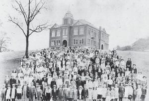 Students of the Whitesburg Graded and High School, 1922