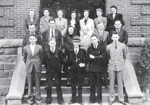 1938-39 Faculty — (front row, left to right) Jerry Montgomery, Isaac Hogg, Richard Dean Squires (Principal), Sanford Adams, Dean Addington, (second row) W.L. Stallard, Follace Fields, Pansy Webb, Ann Dugan, Edgar Banks, Millard Tolliver, (third row) Maxine Frazier Salling, Dalna Hays Hale, Viola Cook, Rosa Hale Jones, Lovette Fields Brown, Cleo Stamper and Eunice Combs Taylor.