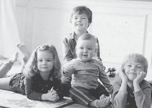 Will and Loren Hatton are the children of Dr. Kevin and Adrienne Hatton of Lexington. Their cousins, Elise and Daniel Hall, are the children of Matt and Rocki Hatton Hill of Lexington. Their grandparents are Rob Hatton of Owensboro and the late Joan Trent Hatton.