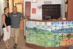 Cyndi Combs and Shawn Owens operate the Quiltmaker Inn in Hindman. (Photo by Karen Jones Cody)