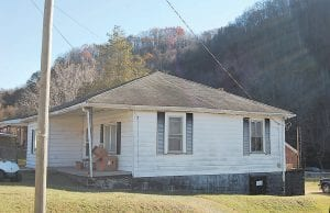 The Letcher County Food Pantry is located in Whitesburg in a house on Madison Street that is owned by the First Baptist Church. The church pays its utilities.