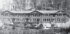 FLEMING-NEON HIGH SCHOOL BUILDING