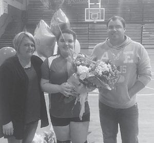 Alyssa Rose with her mother Kim Perrigan and father Jason Rose.