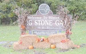 The town of Big Stone Gap, Va. is decorated with fall foliage. (Photo by Ron Flanary)