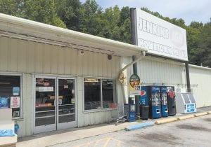 Casey's IGA, a small food store chain operating in eastern Kentucky, is closing the Jenkins IGA on Friday after 10 years in that city. Local employees at the store hope reports are true that negotiations are underway that would bring a discount food store to the town.