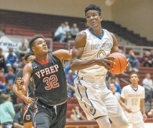 DeAndre Ayton is one of the top players in the 2017 recruiting class and the 7-footer has started hearing more from UK in recent weeks. (Photo courtesy Commonwealth-Journal, Somerset)