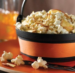 Crispy Crunchy Apple Popcorn